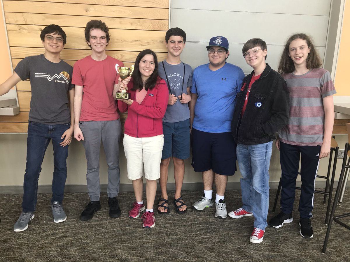 UL Quiz Bowl Takes Third in Tournament